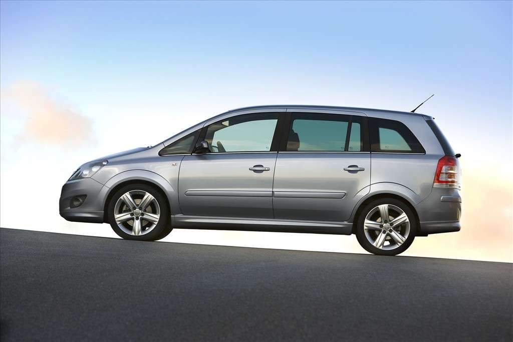 Opel Zafira ecoM Turbo One fiancata