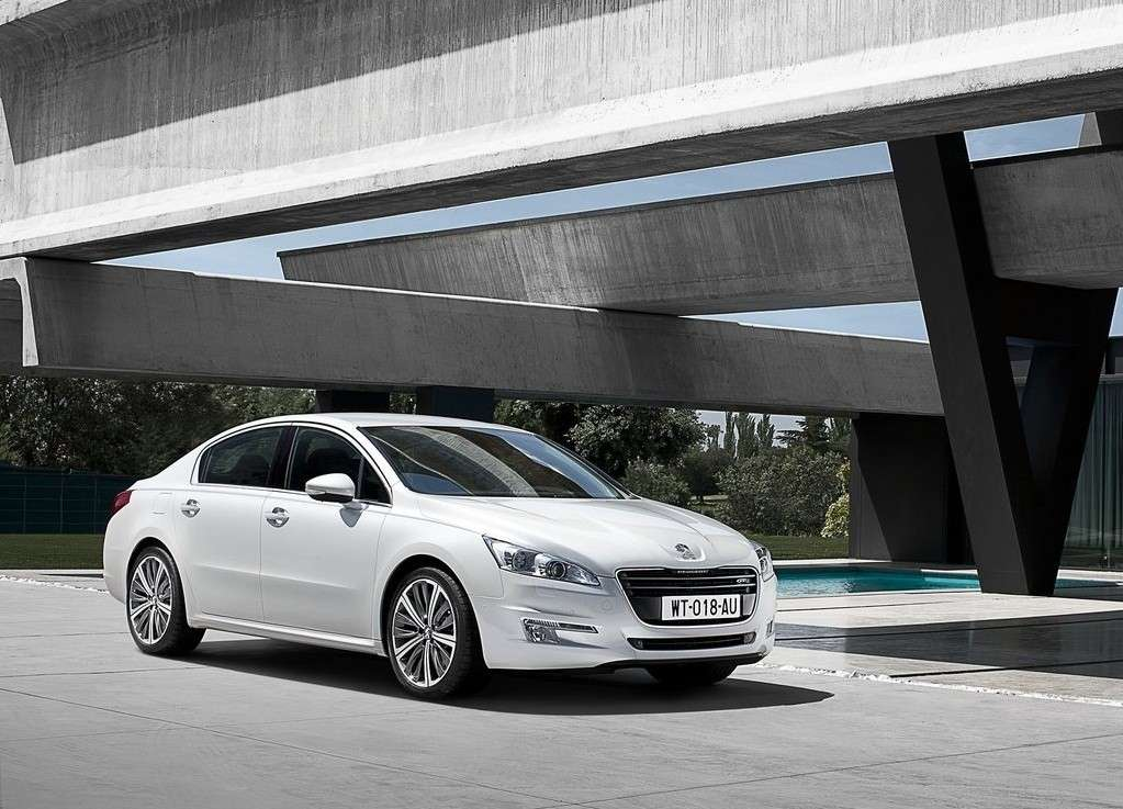 Peugeot 508, frontale