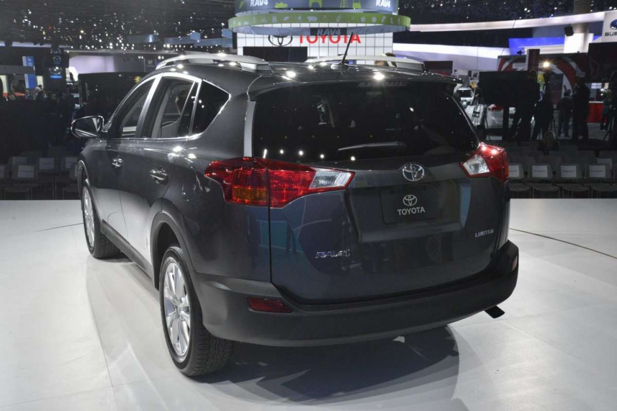 Toyota Rav4 2013, Salone di Los Angeles 2012 - 02