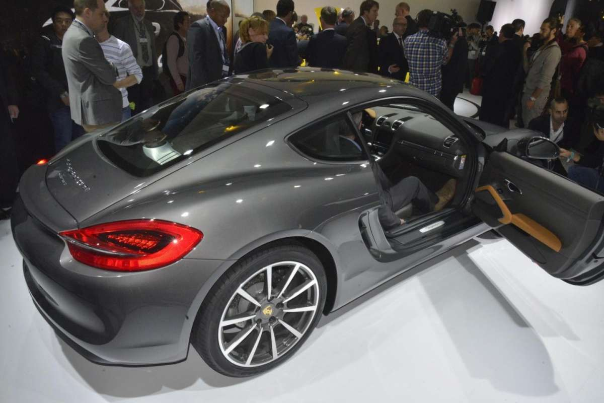 Porsche Cayman 2013, Salone di Los Angeles 2012 - 09