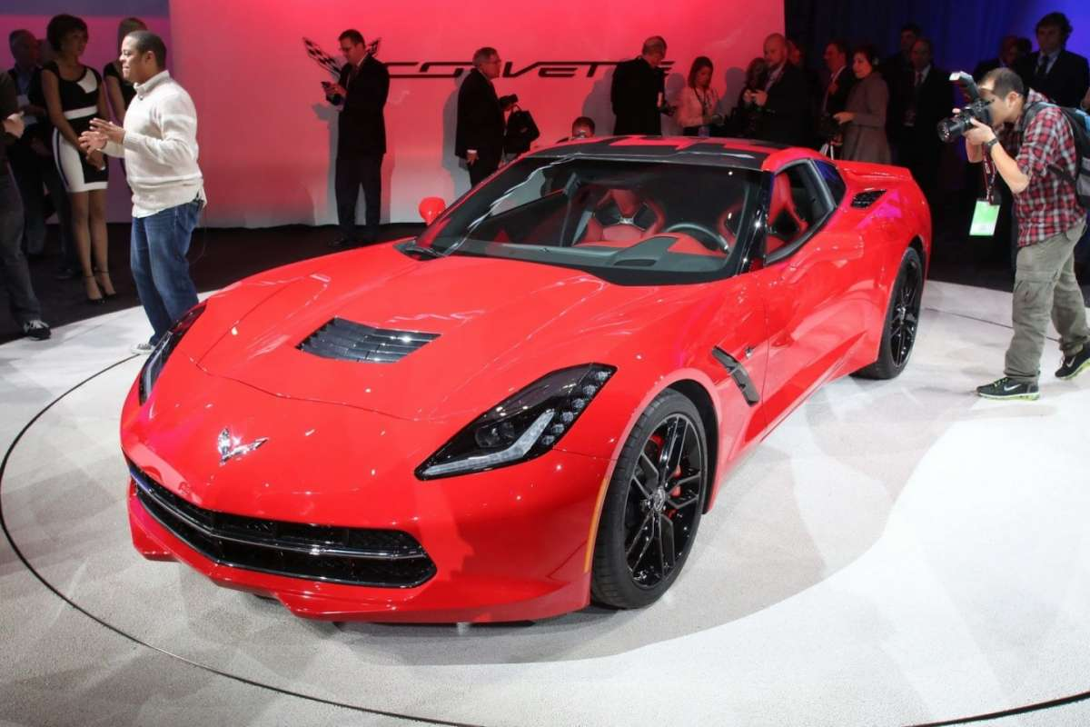 Corvette Stingray C7 2013 al Salone di Detroit