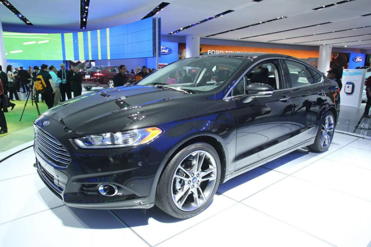 Ford Mondeo Ecoboost, Salone Detroit 2013 - 01