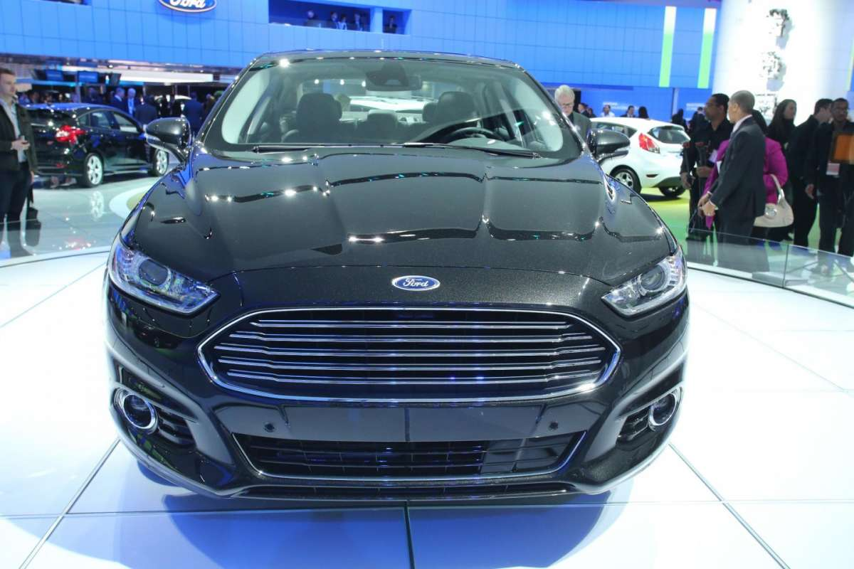 Ford Mondeo Ecoboost, Salone Detroit 2013 - 03