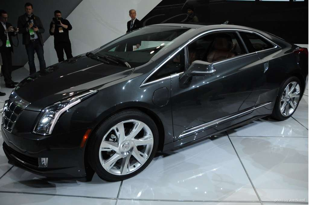 2014-cadillac-elr-revealed-at-2013-detroit-auto-show_100415991_l