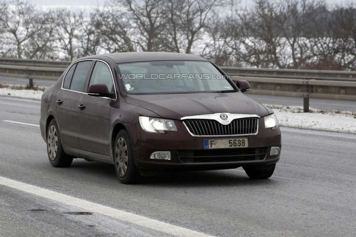 Skoda Superb restyling 2013
