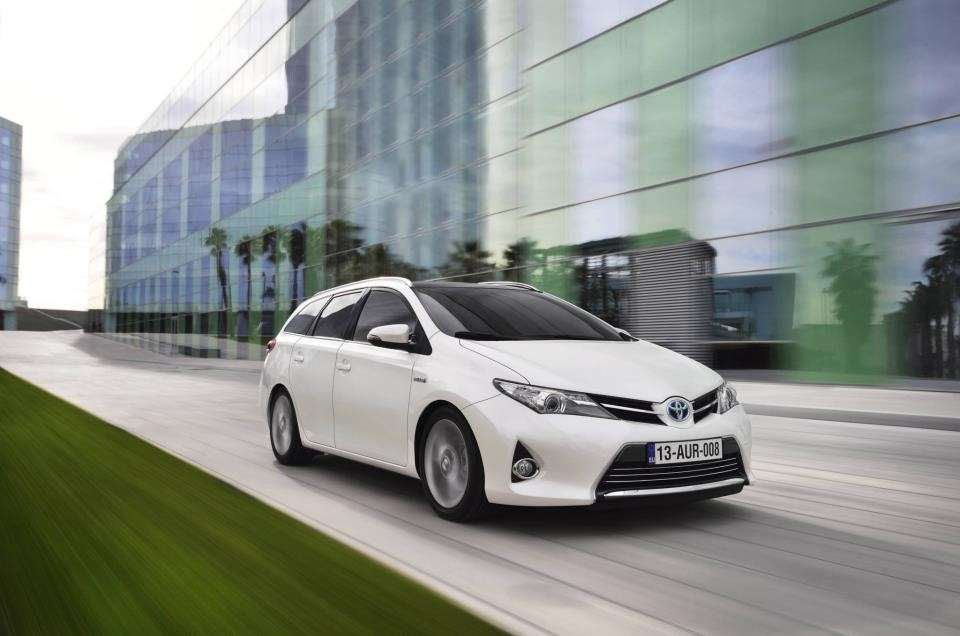 nuova Toyota Auris Touring Sports