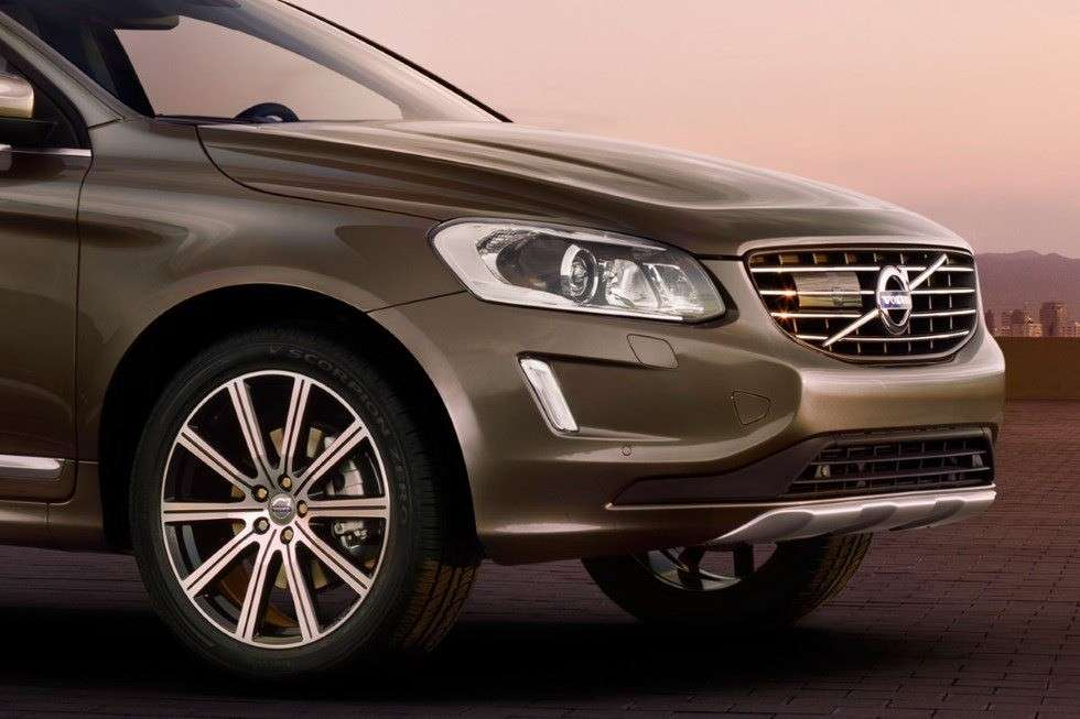 Volvo XC60 2013 restyling frontale