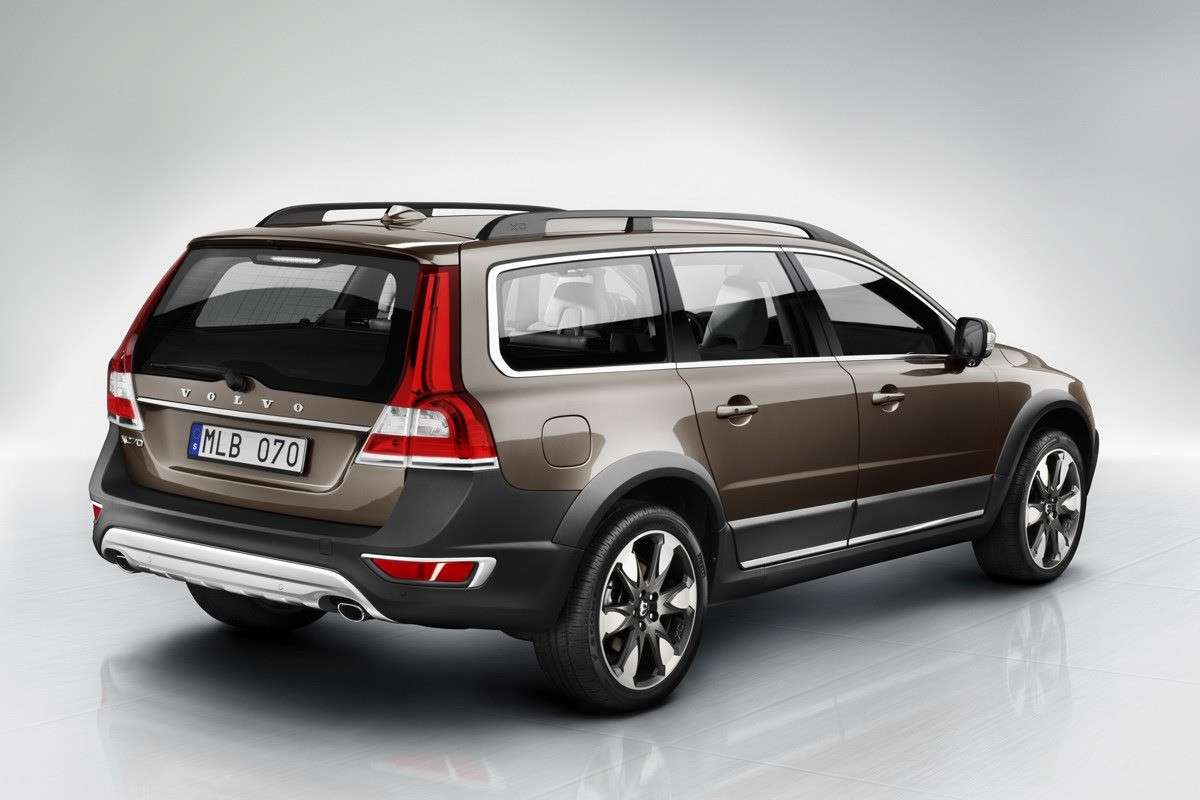 Volvo XC70 2013 restyling posteriore