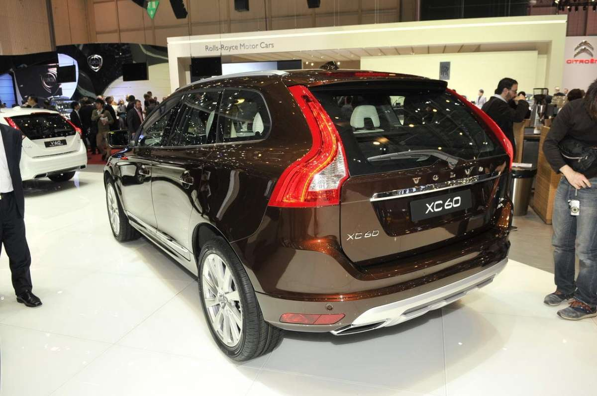 Volvo XC60 2013 restyling posteriore