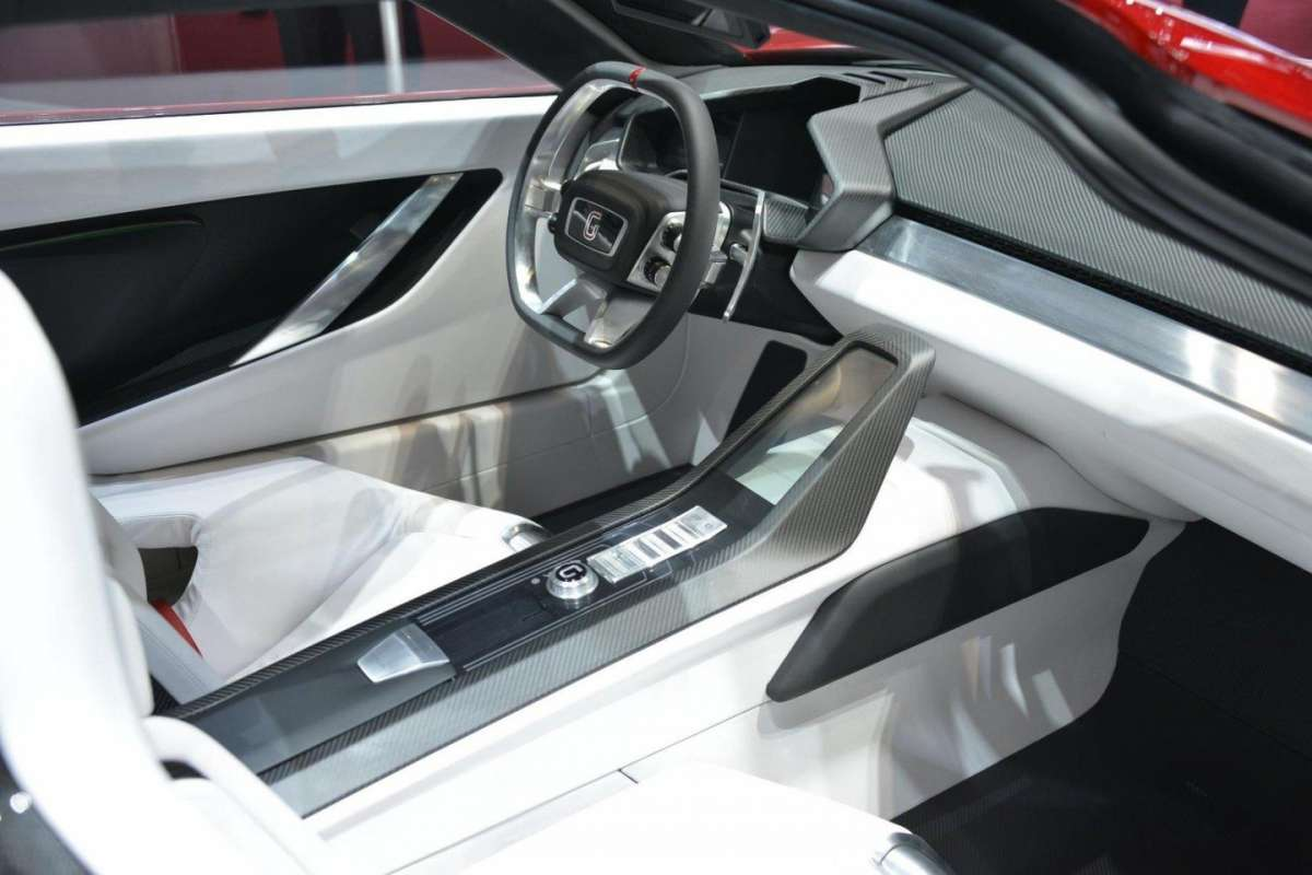 Italdesign Giugiaro Parcour interni