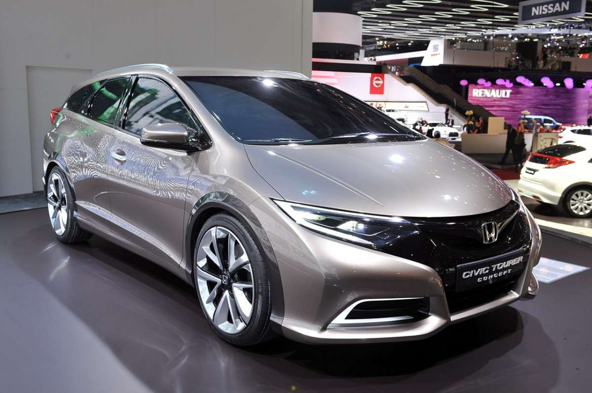 Honda Civic Tourer Ginevra 2013