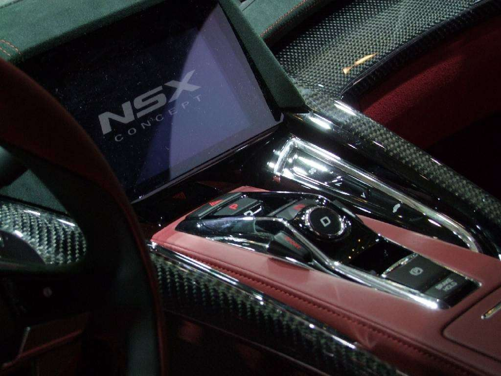 NSX Concept Ginevra consolle centrale
