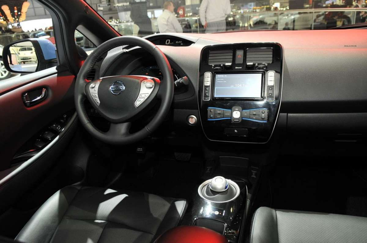 Nissan Leaf 2013 Interno