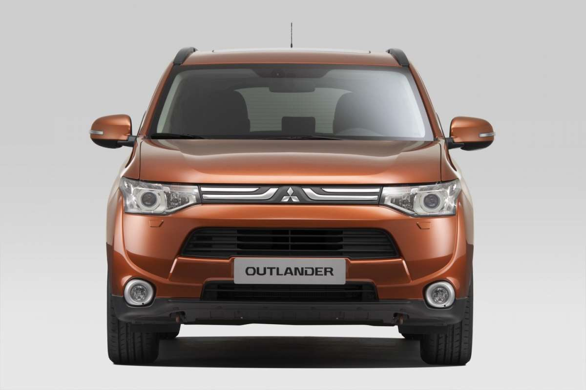 frontale nuovo Outlander