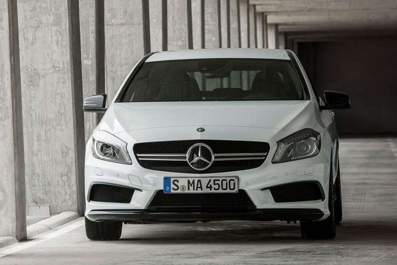 Mercedes CLA 45 Amg, frontale