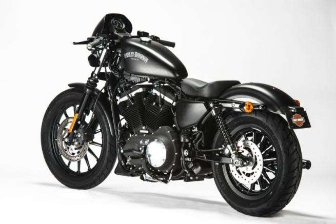 Posteriore dell'Harley-Davidson Sportster Iron 883 Special Edition