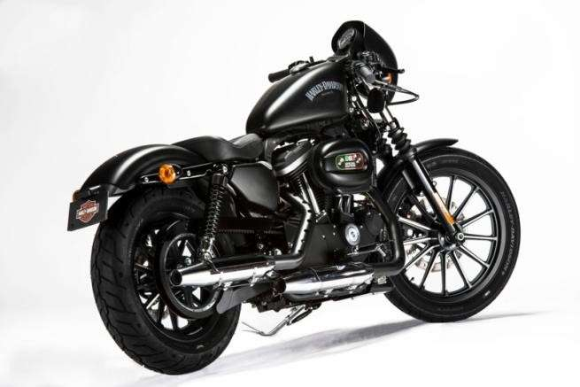 Scarico dell'Harley-Davidson Sportster Iron 883 Special Edition