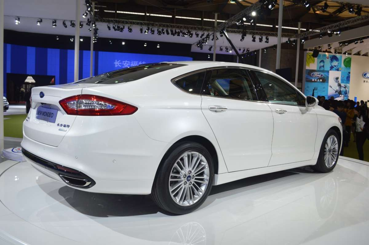 Ford Mondeo Ecoboost retro