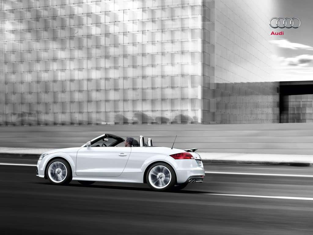 laterale dell'Audi  TTS Roadster