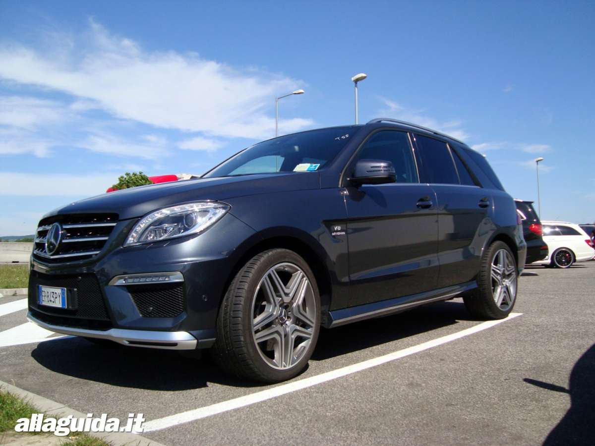 Mercedes ML 63 AMG Performance, foto dal vivo