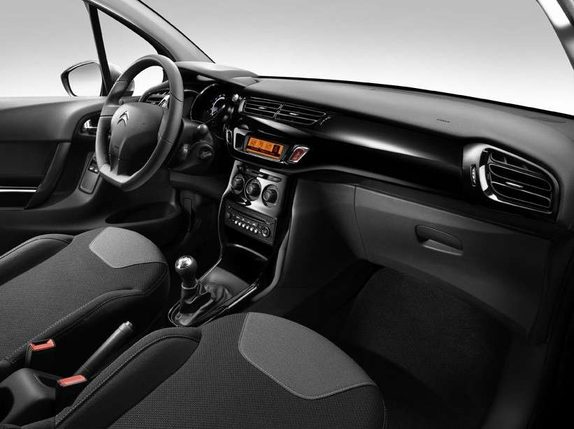 Citroen C3 Vanity Fair 10, interni