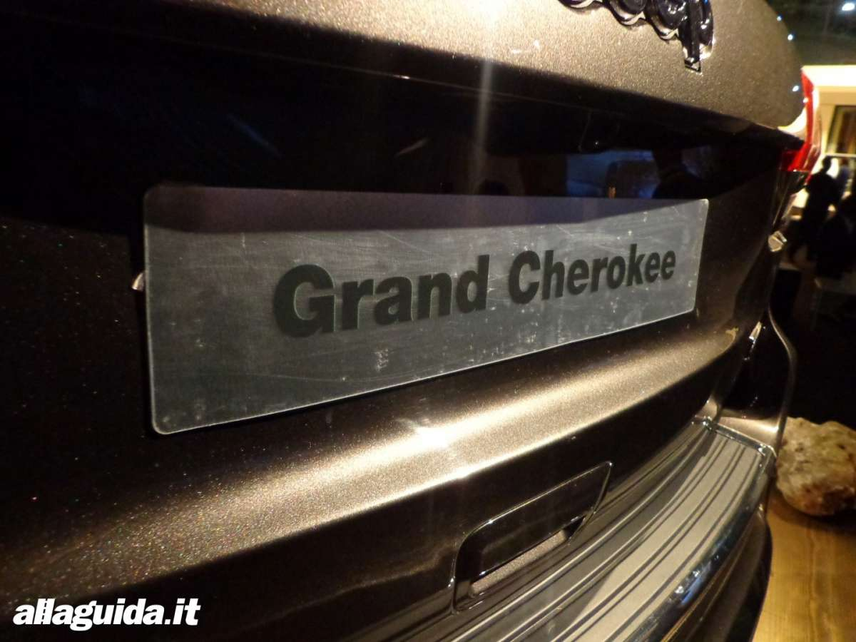 Jeep Grand Cherokee, limited