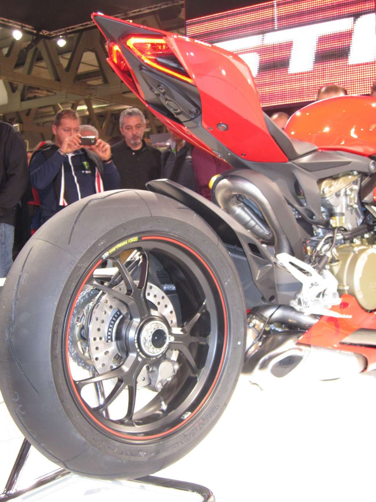 Ducati 1199 Panigale S MY 2013 Back 3