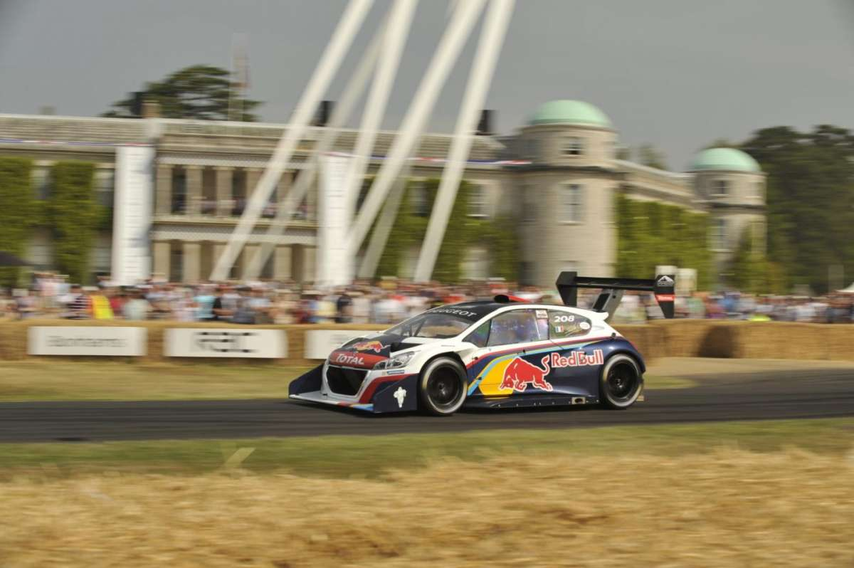 Peugeot 298 T16 a Goodwood