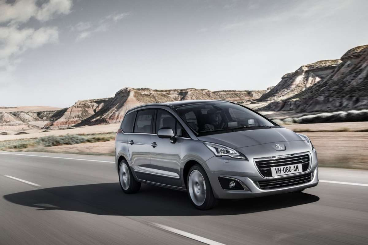 Peugeot 5008 2014 restyling