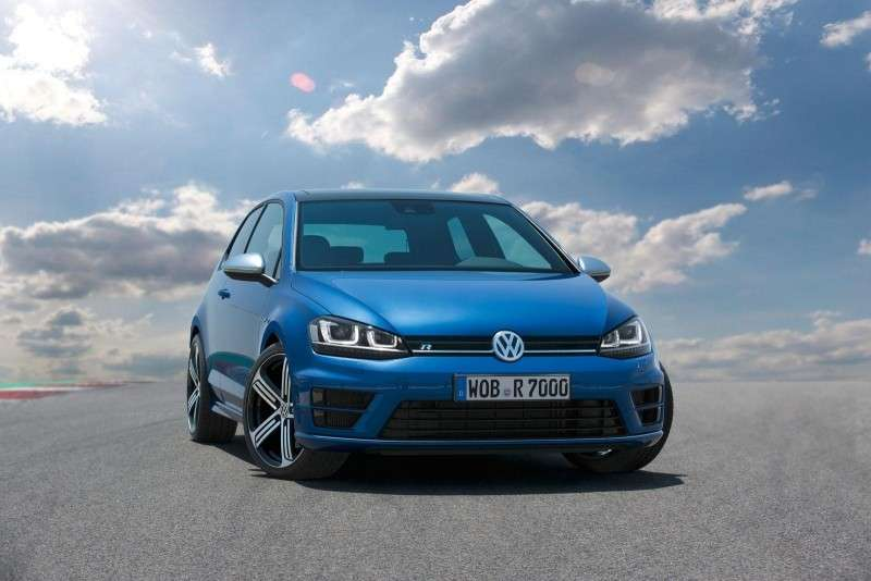 Volkswagen Golf R 2014, luci a led