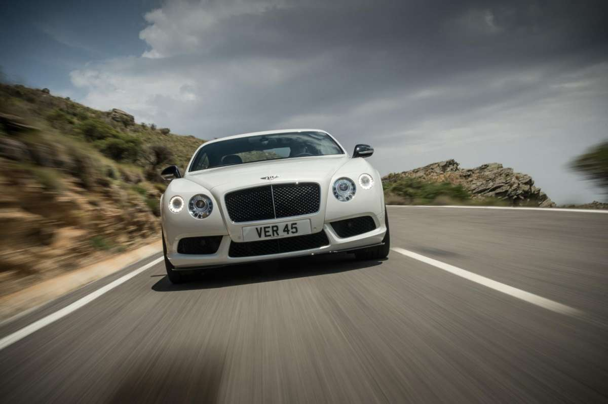 Bentley Continental GT V8 S coupe, anteriore