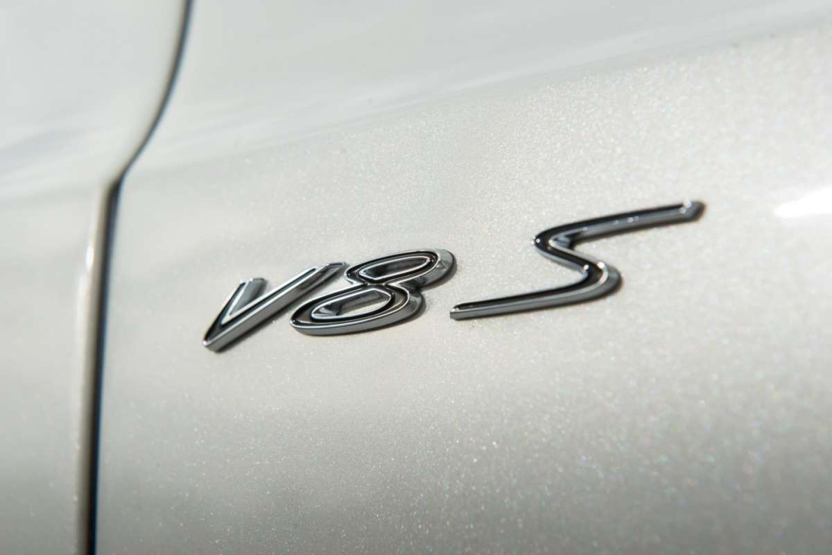 Bentley Continental GT V8 S coupe, badge