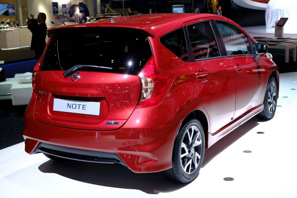 Nissan Note, posteriore