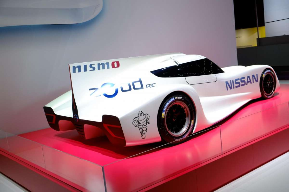 Nissan Zeod Rc, posteriore