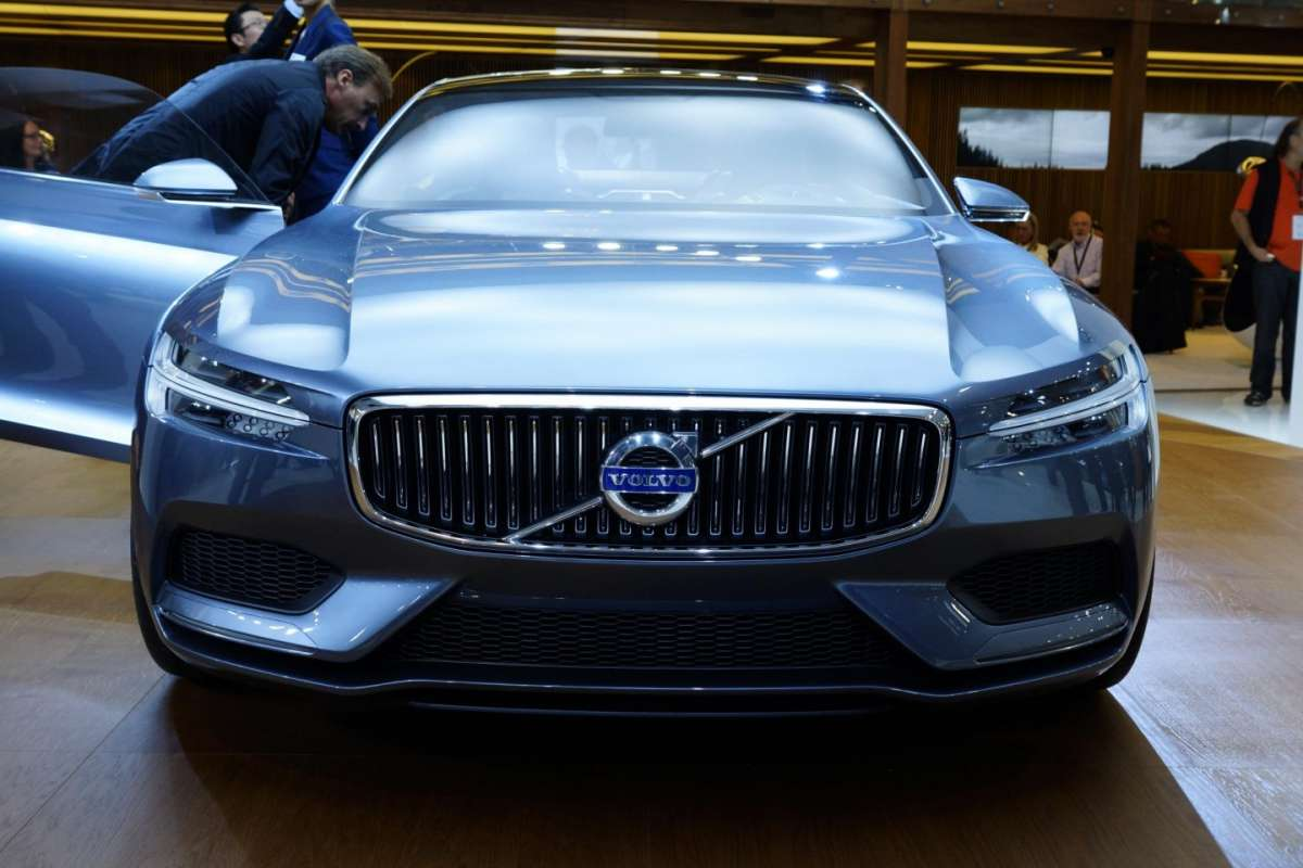 Volvo Concept Coupe, frontale