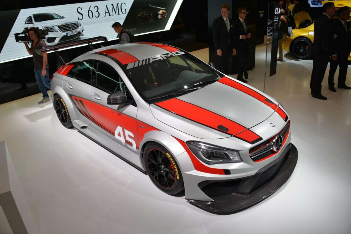 Mercedes CLA Racing Series