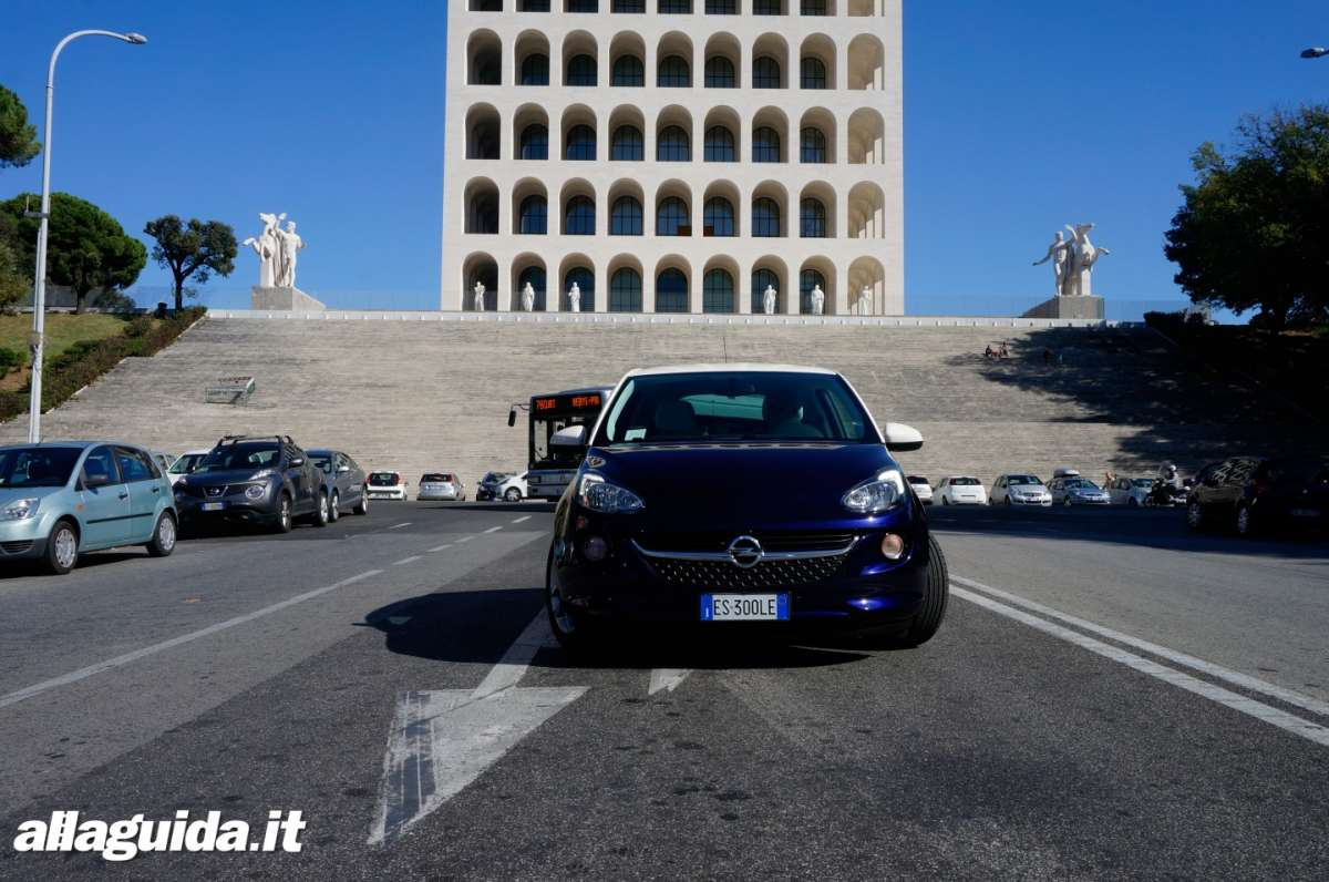 Opel Adam a gas