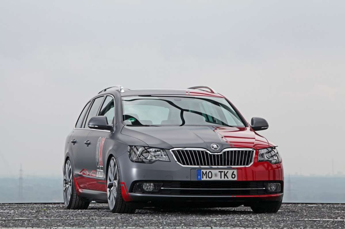 anteriore della Superb Wagon by OK-Chiptuning