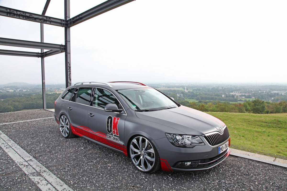 laterale anteriore della Superb Wagon by OK-Chiptuning
