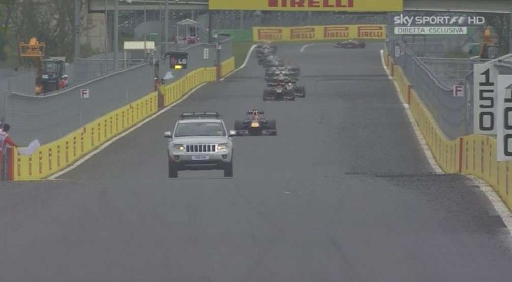 GP Corea F1 2013, jeep in pista (2)