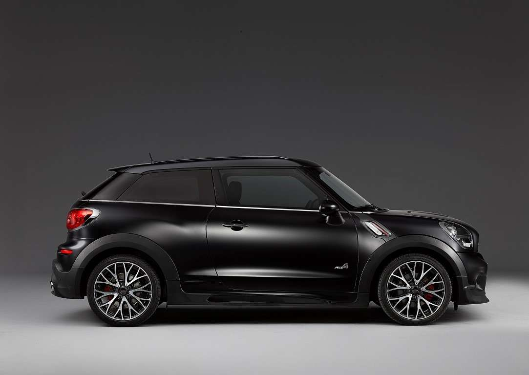 Mini Paceman Frozen Black, fiancata