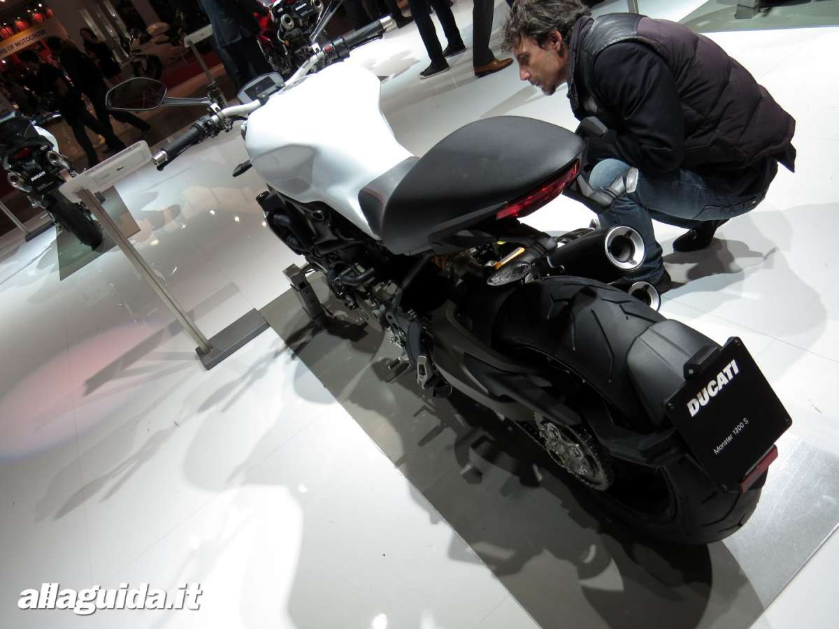 Ducati Monster 1200 Eicma 2013 - 6