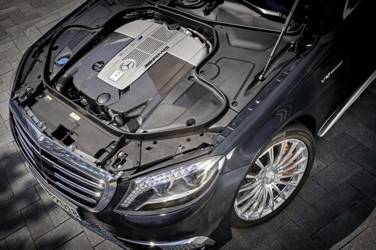 Mercedes S65 Amg, motore
