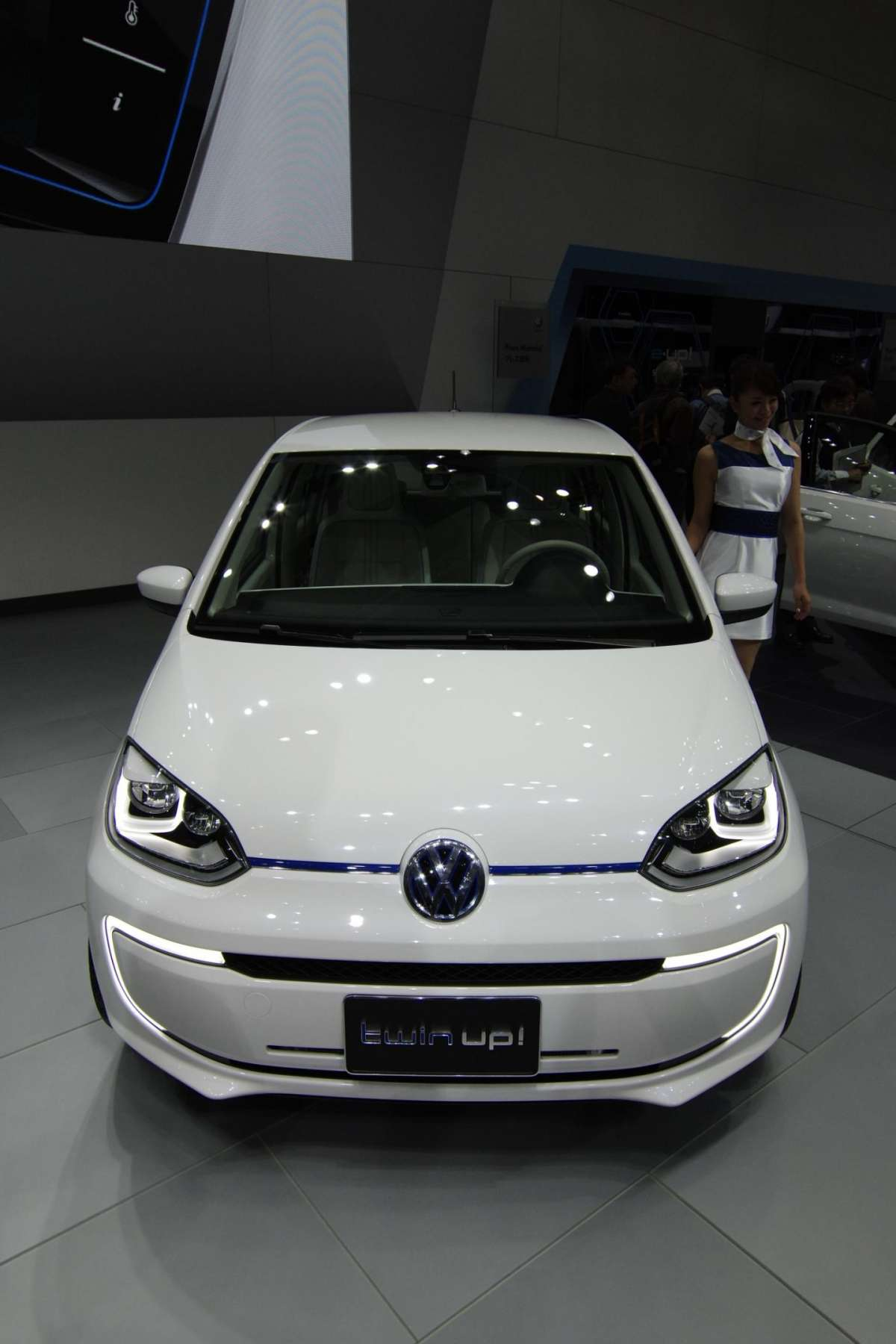 Volkswagen Twin-up! al Salone di Tokio 2013 - 01