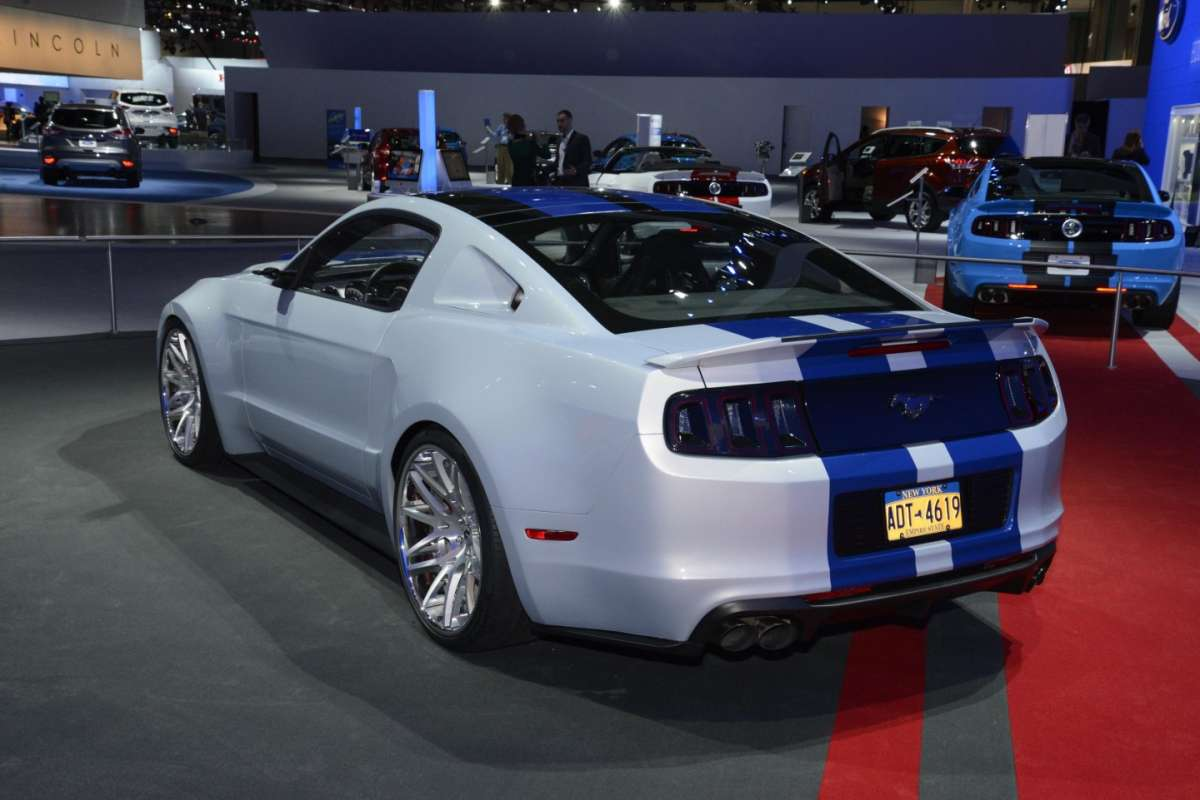 Ford Mustang GT al Salone di Los Angeles 2013 - 03
