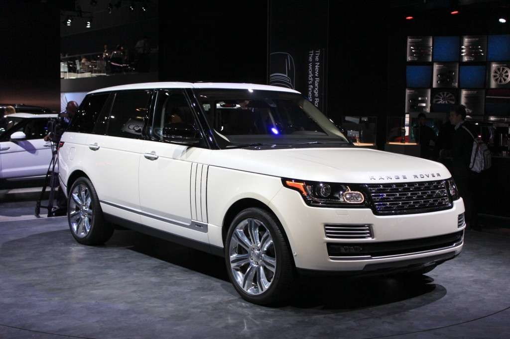 Range Rover Autobiography Black al Salone di Los Angeles 2013