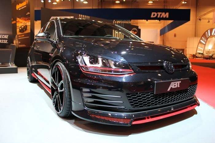 Volkswagen Golf GTI Dark Edition, frontale