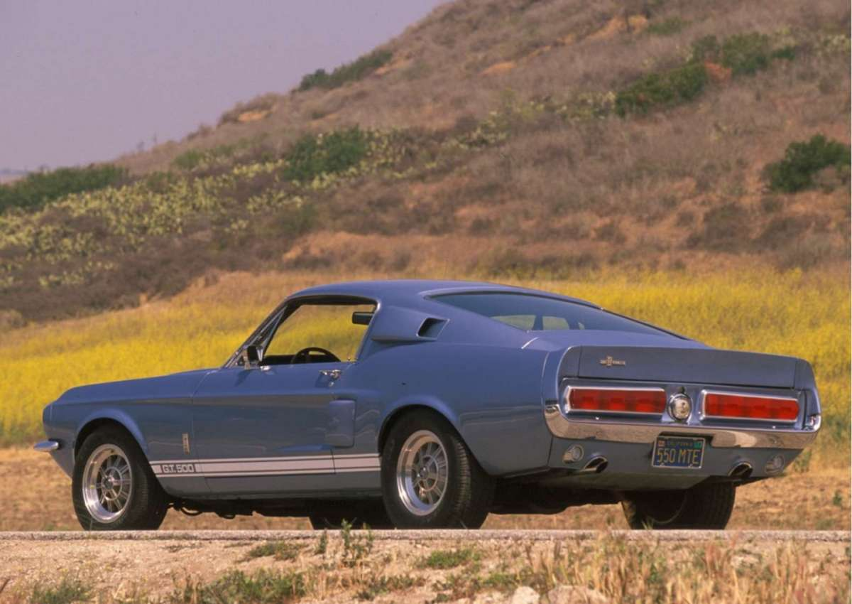 Ford Mustang Shelby GT500 posteriore