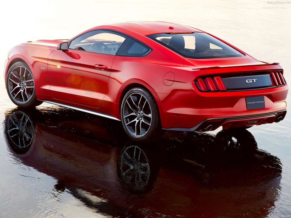 nuova Ford Mustang 2014, motore