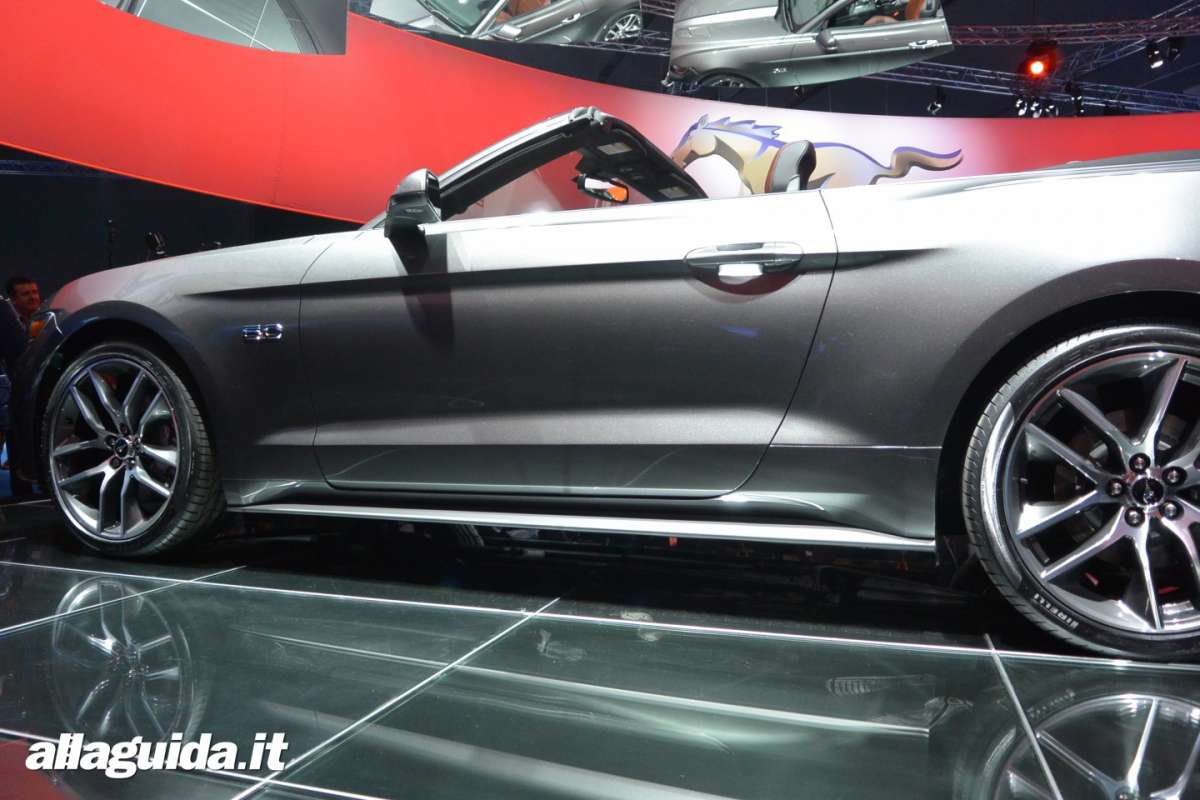 nuova Ford Mustang convertible, altezza